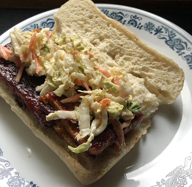 tofu sandwich with slaw